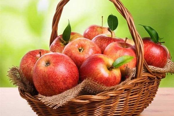 رژیم چاقی صورت با خوردن سیب