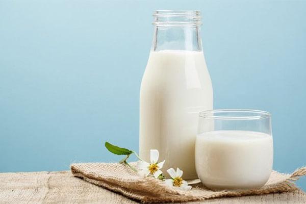 رژیم چاقی صورت با استفاده کردن شیر
