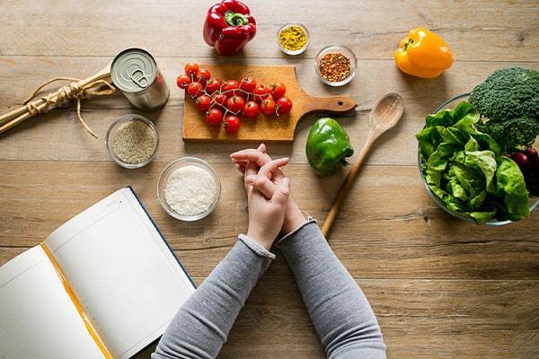 رژیم لاغری صورت با تغییر برنامه غذایی